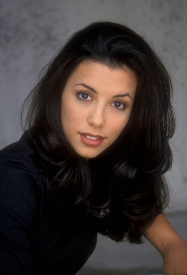 Ева Лонгория (Eva Longoria) в фотосессии Барри Кинга (Barry King) (1998), фото 3