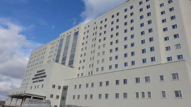 Аксенов пообещал открыть недострой больницы стоимостью более 10 млрд рублей