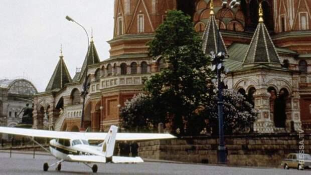 Как 19 летний немец, отправил в отставку 30 советских генералов