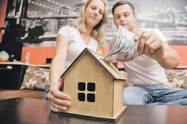 Путин поручил снизить ставки по льготной ипотеке