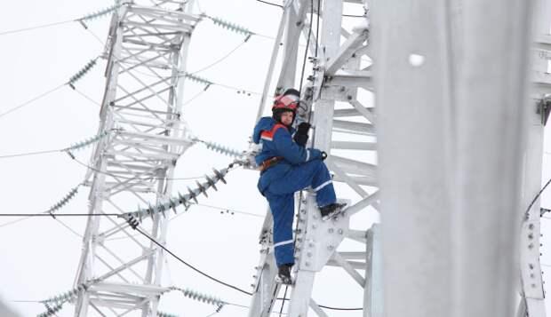 """""""Россети Сибирь"""" в 2021 году увеличит затраты на ремонт на 8,6% - до 3,8 млрд рублей"""