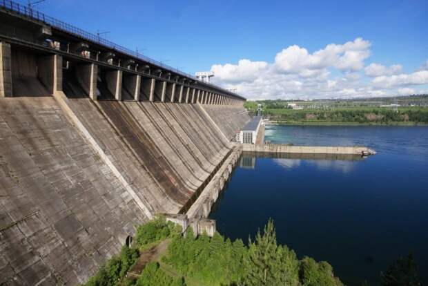 8 место. Братская ГЭС им. 50-летия Великого Октября гидроэлектростанции, сооружения, топ-10