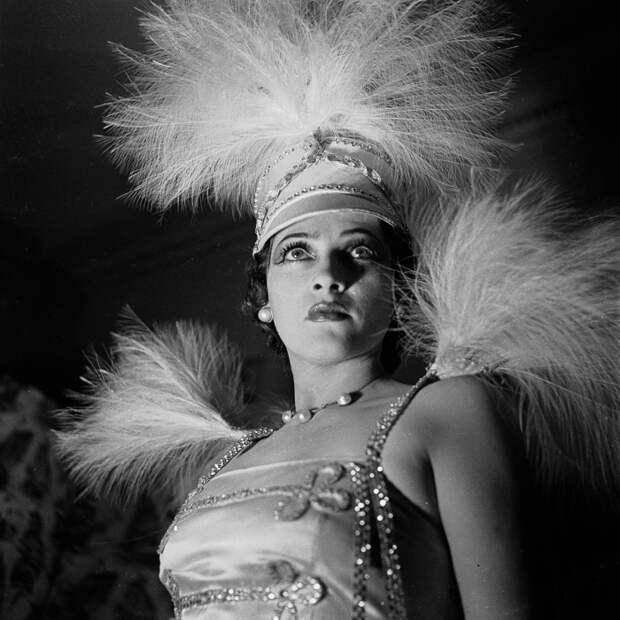 Прима. Shou Girls, или зрелищные постановки с полуобнажёнными девицами в кабаре «Фоли-Бержер», 1918 - 1937 гг.