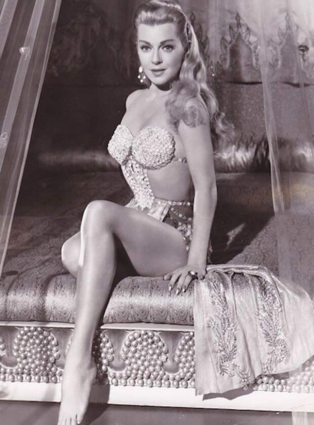 На съёмках «Блудного сына», 1955 год (Wikimedia)