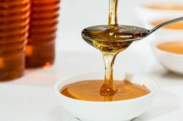 Эксперт рассказал, на что обратить внимание при покупке мёда