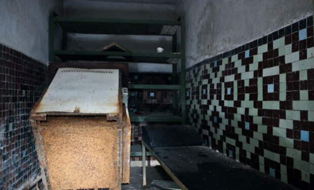 Заброшенный бункер в городе