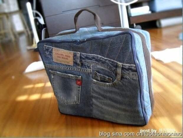 Действительно, оригинальный способ использовать старые джинсы с пользой