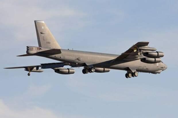 США наращивают стратегические силы вокруг Ирана, подразделения в полной боеготовности