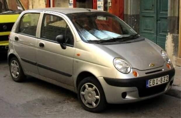 Какую машину купить новичку?