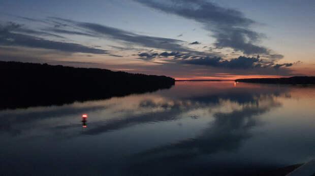 Река Свирь на закате