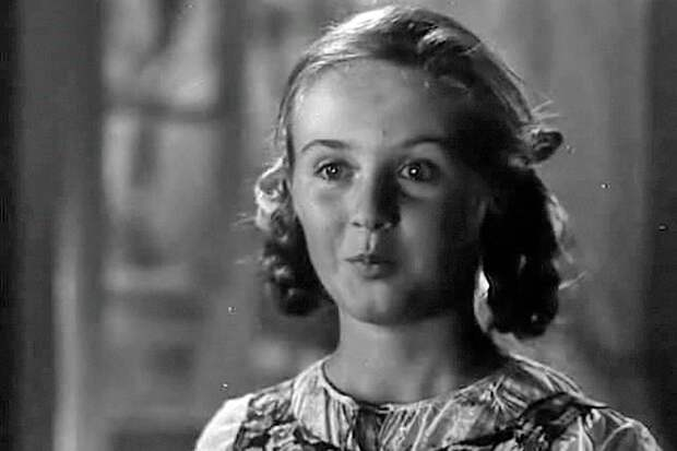 Катя Деревщикова играла роль Жени. Фото: кадр из фильма