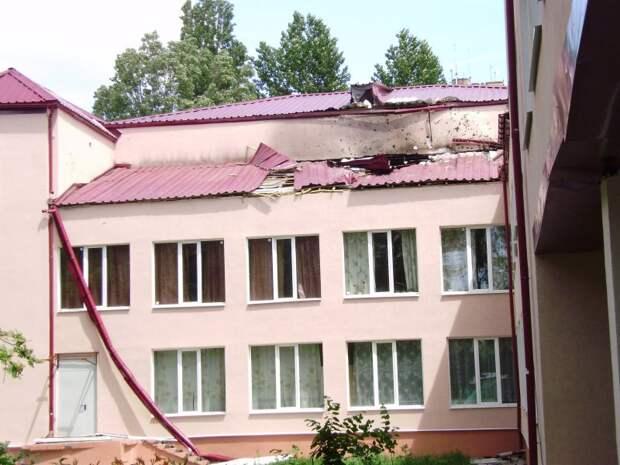 двор СШ-15 (обстрел со стороны с.Карповка)
