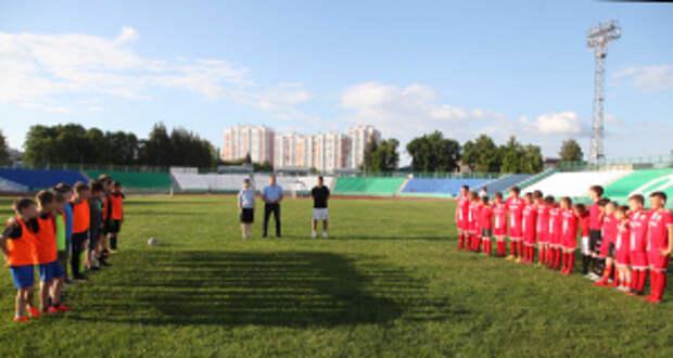 В рамках акции «Каникулы с Общественным советом» в Орловской области состоялся товарищеский футбольный матч