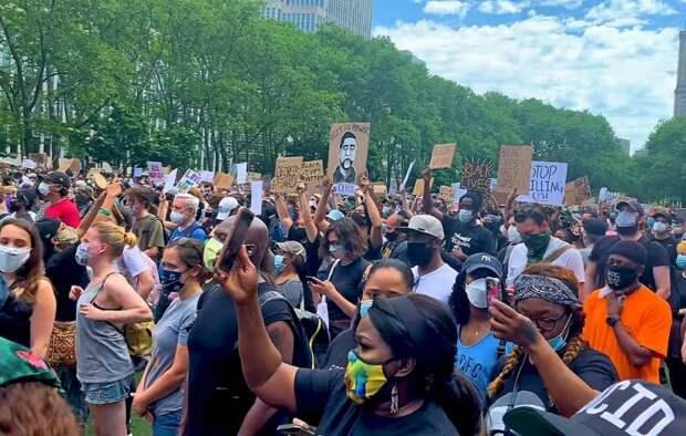 «Черный день» Запада: в чем реальные причины бушующих протестов?