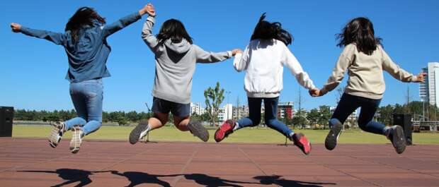 Как подростку быстро сформировать свою позицию в ситуации негативной манипуляции?