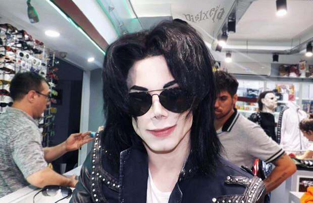 Аргентинец превратил себя в копию Майкла Джексона
