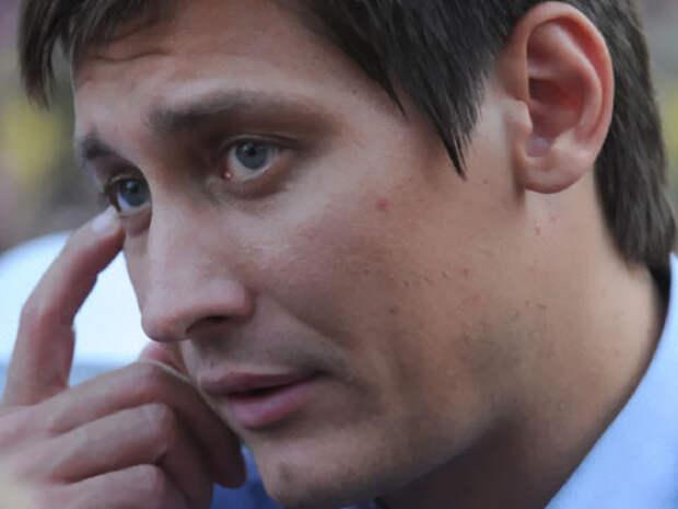 Дмитрий Гудков: путинское величие равно придуманной чечевичной похлебке