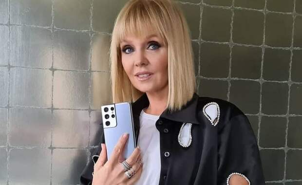 Певица Валерия потеряла сон из-за «ребусов» на шоу «Маска»