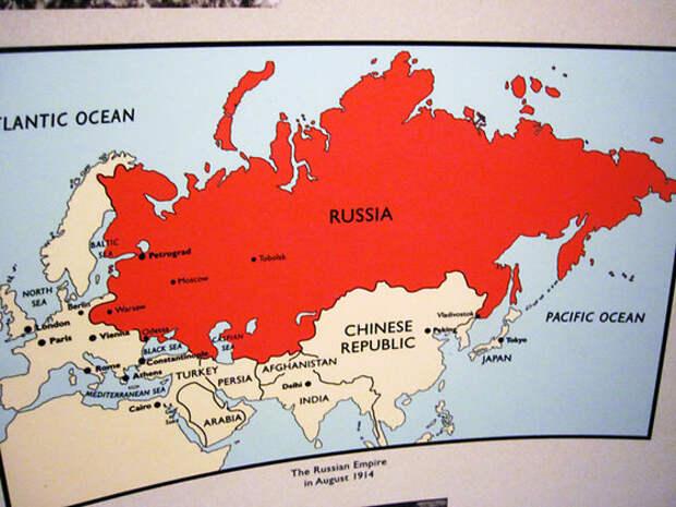России придется забрать Украину и Белоруссию как Крым