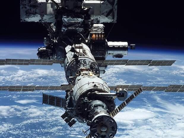 Открытие люков в модуль «Наука» отложили на фоне инцидента с внезапным включением двигателей