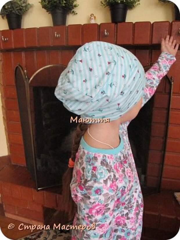 Из остатков трикотажа от лонга решено было сшить модную сейчас шапочку-бини. Она замечательно сидит на голове и смотрится отлично! фото 4
