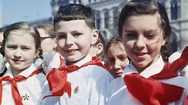 Почему, глупо сравнивать СССР и РФ - любое сравнение будет неадекватно!