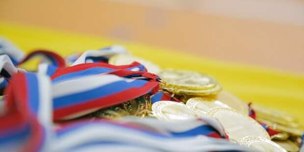 Тридцать один победитель Всероссийской олимпиады учится в школе на улице Двинцев