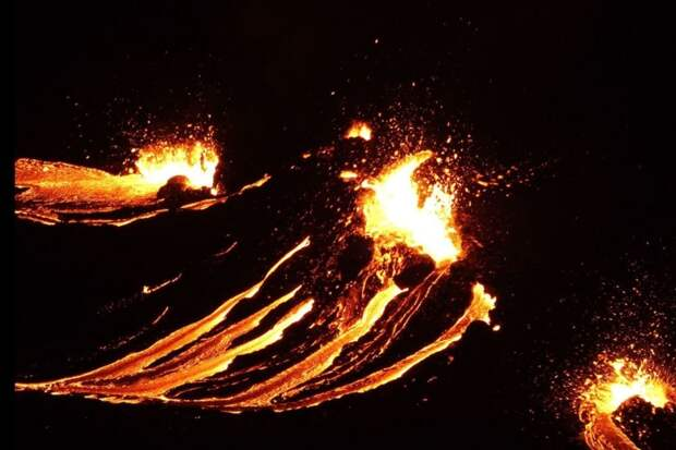 В Исландии проснулся вулкан, который спал 6 тыс лет