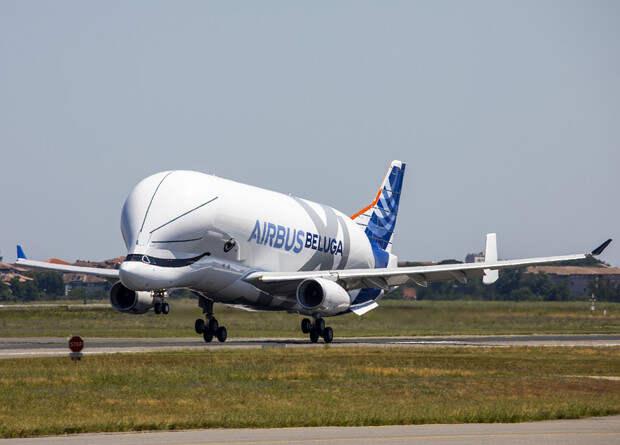 Самолет для негабаритных грузов потеряет в весе