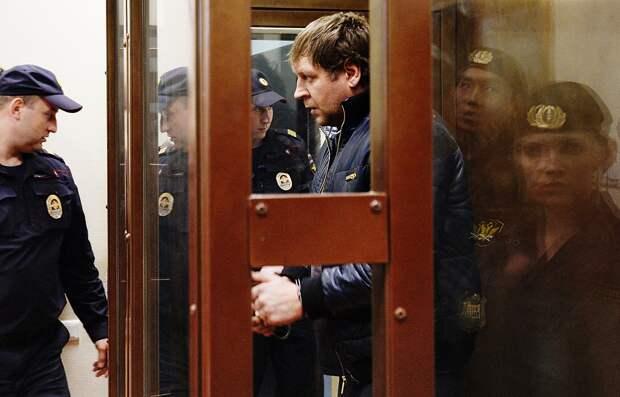 Емельяненко пообещал рассказать правду освоем тюремном сроке: «Сидел незато, вчем меня обвиняли»
