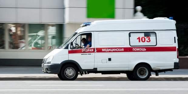 Машина скорой помощи травмировала пешехода на дублёре проспекта Мира