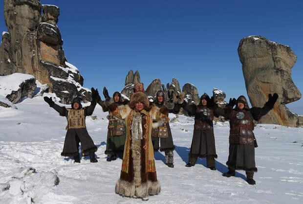 Кровавые жертвоприношения и экопоселения в тайге: путеводитель по малоизвестным религиям России