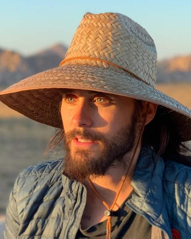 12 дней спустя: Джаред Лето вернулся из медитации в пустыне и узнал об эпидемии