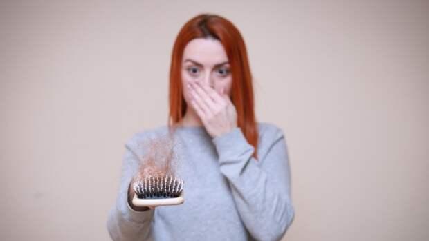 Дерматовенеролог Жукова рассказала россиянам об основных причинах выпадения волос