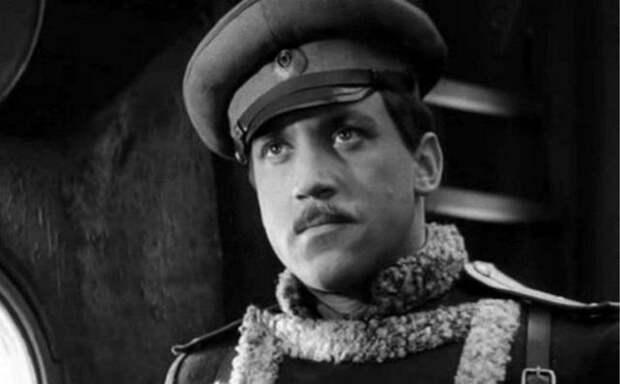 Почему Владимира Высоцкого не призвали в армию