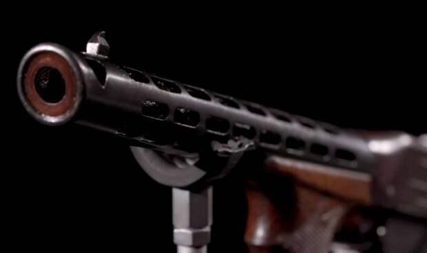 О пистолете-пулемёте Калашникова образца 1942 года за шесть минут