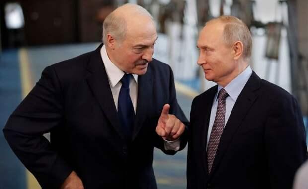 Лукашенко назвал Путина другом иотказался здороваться сЗеленским