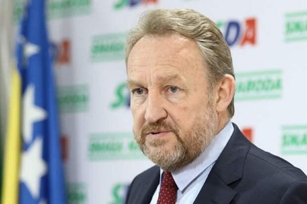 Лидер бошняков заявил о готовности воевать с сербами
