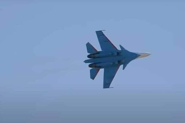 Американцы узнали, что позволяет Су-30 быть таким маневренным