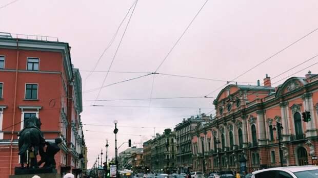 Дождь и похолодание ожидаются в середине недели в Санкт-Петербурге