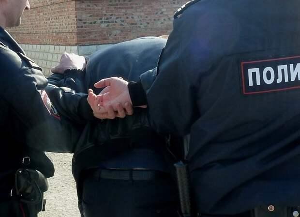 Дети-заложники в Колпино освобождены, угрожавший убить их мужчина задержан