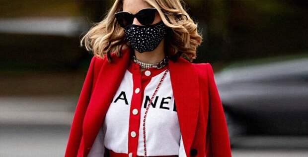 V значит Valentino, или Логотипы снова в моде?