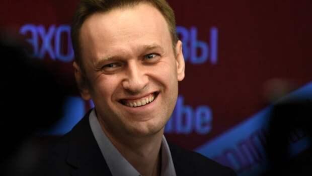 «Как все жертвы выжили?»: французы о выздоравливающем Навальном