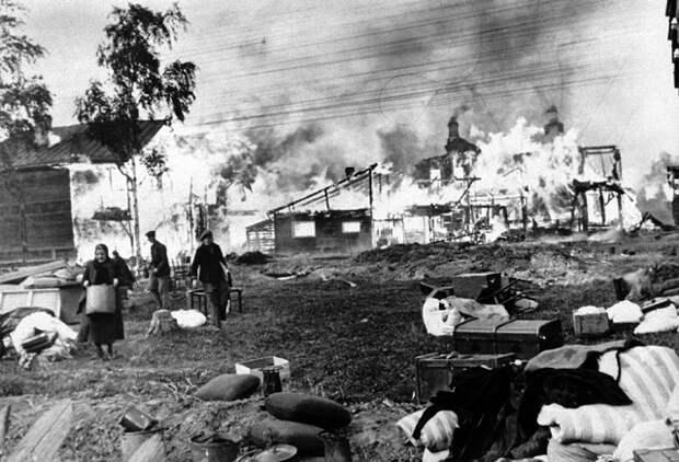 """Мрачная эпоха большевизма. """"Кто не хотел вступать в колхоз, у тех сжигали дома"""". Док. 114-120"""