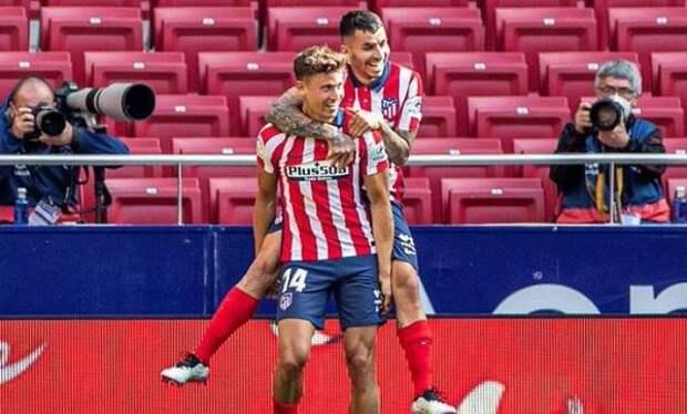 «Атлетико» уничтожил «Эйбар», «Алавес» одолел «Уэску»