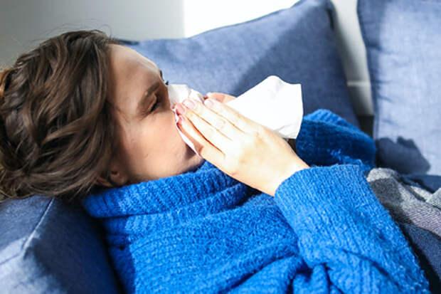 Врач-терапевт рассказала об ошибках во время лечения простуды и коронавируса на дому