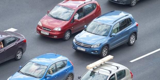 Авария на Череповецкой создала пробку в час пик