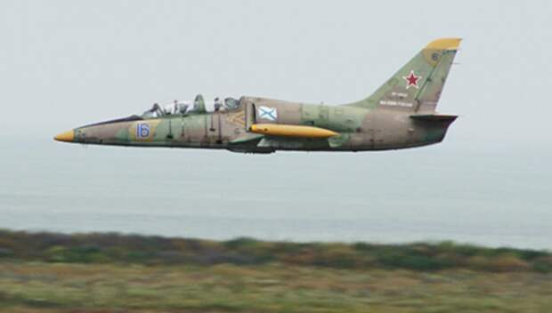 Учебный самолет Л-39 потерпел крушение! Летчики успели катапультироваться