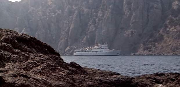 Кадр из фильма «Пираты ХХ века»