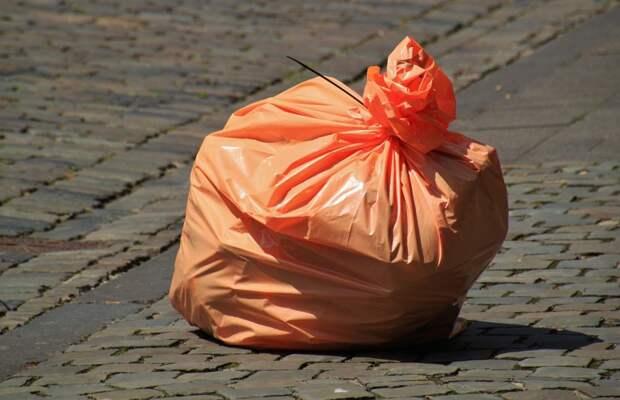 Нарушения на мусорной площадке по 2-й Вольской устранили